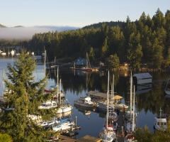 Hospitality at Pender Harbour, credit Destination BC/Albert Normandin