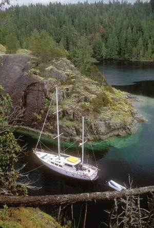 Adventure tour Broughton Archipelago, credit Bluewater Adventures