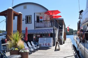 dining, full services at Secret Cove Marina